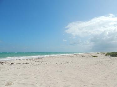 isla-blanca-sand-beach.png