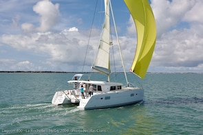 Catamaran Private Boat Tour