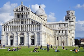 Private Half day tour from Florence to Pisa