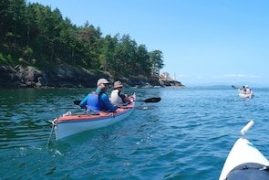 3 Day San Juan Islands Gourmet Kayak Expedition