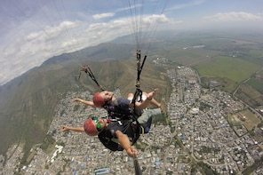 Paragliding - Experience the freedom of flying.