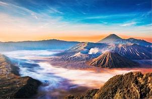 From Yogyakarta: Borobudur Sunrise, Mt. Bromo, & Ijen Crater