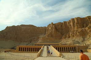 Day tour to Luxor from Hurghada