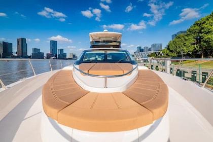 Private Luxury Yacht Experience ( Maximum 10 ppl)
