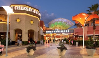 Outlet Shopping Dolphin Mall