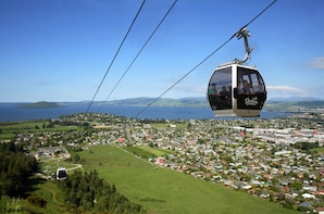 SKYLINE ROTORUA Adventure Full-day Tour from Auckland