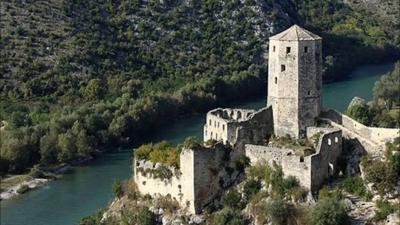 Bosnia and Herzegovina-1 day tour ( Mostar-Pocitelj)
