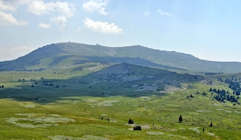 Vitosha Mountains Hiking Day Trip with Cherni Vruh Climb