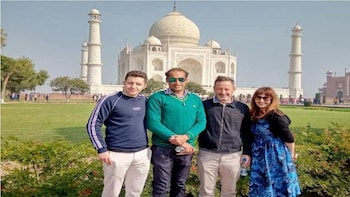Private Same Day Taj Mahal Tour from Jaipur