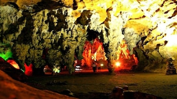 SPECIAL PUUC ROUTE LOLTUN CAVES, UXMAL AND LIGHT AND SOUND