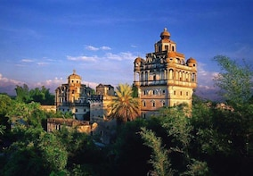 One day Kaiping Diaolou Tour from Guangzhou with the Lunch