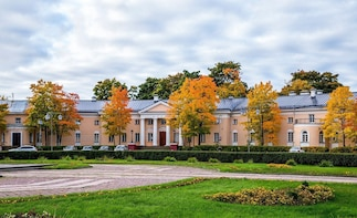 Discover History and Nature of Petrozavodsk on Private Tour