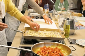Traditional Home Cooking Class in Perugia