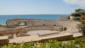 Tarragona Half-Day Tour with Small-Group & Hotel Pick Up