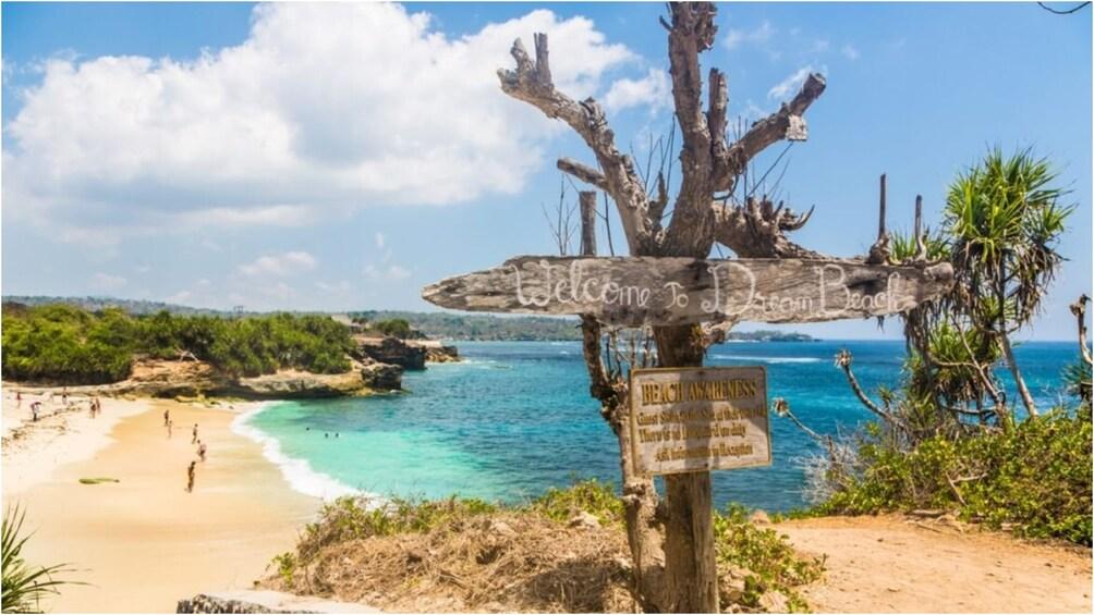 Show item 4 of 9. Dream Beach on Nusa Lembongan in Bali