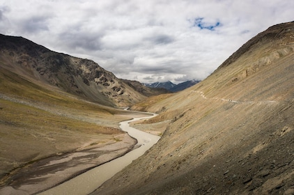 Khardung La trip from Leh (Pickup from Hotel)