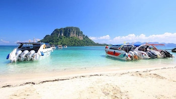 4 Islands Tour by Speedboat From Krabi