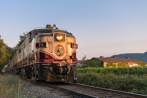 Napa Wine Train - Gourmet Lunch w/ Transport from SF