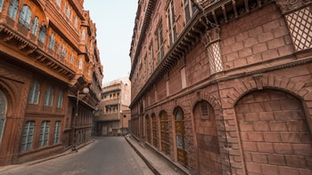 Bicycle Excursion in Bikaner with Villages Visits Trip
