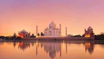Private One Day Taj Mahal Agra Tour from Goa All Included
