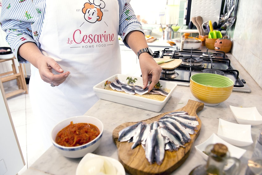 Market, Cook and dine at a Cesarina's home in Ischia