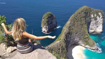Exotic Beach Lover Trip to Nusa Penida