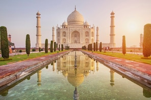 1 Day Taj Mahal Tour from Lucknow