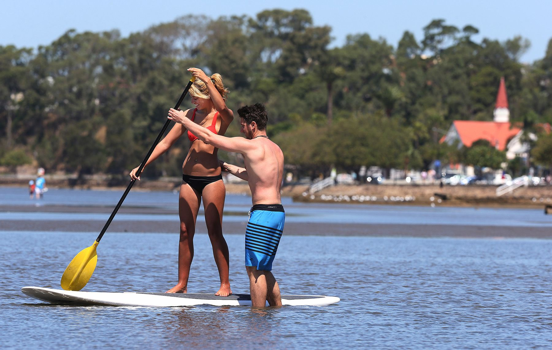 One Hour Stand-Up Paddleboarding Lesson