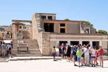 Palace of Knossos: Pre-booked e-Ticket with Audio Tour