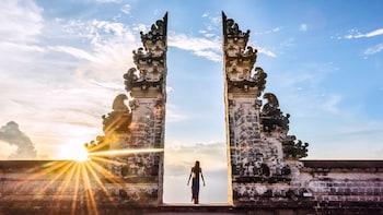 Gates to Heaven - Lempuyang Tour