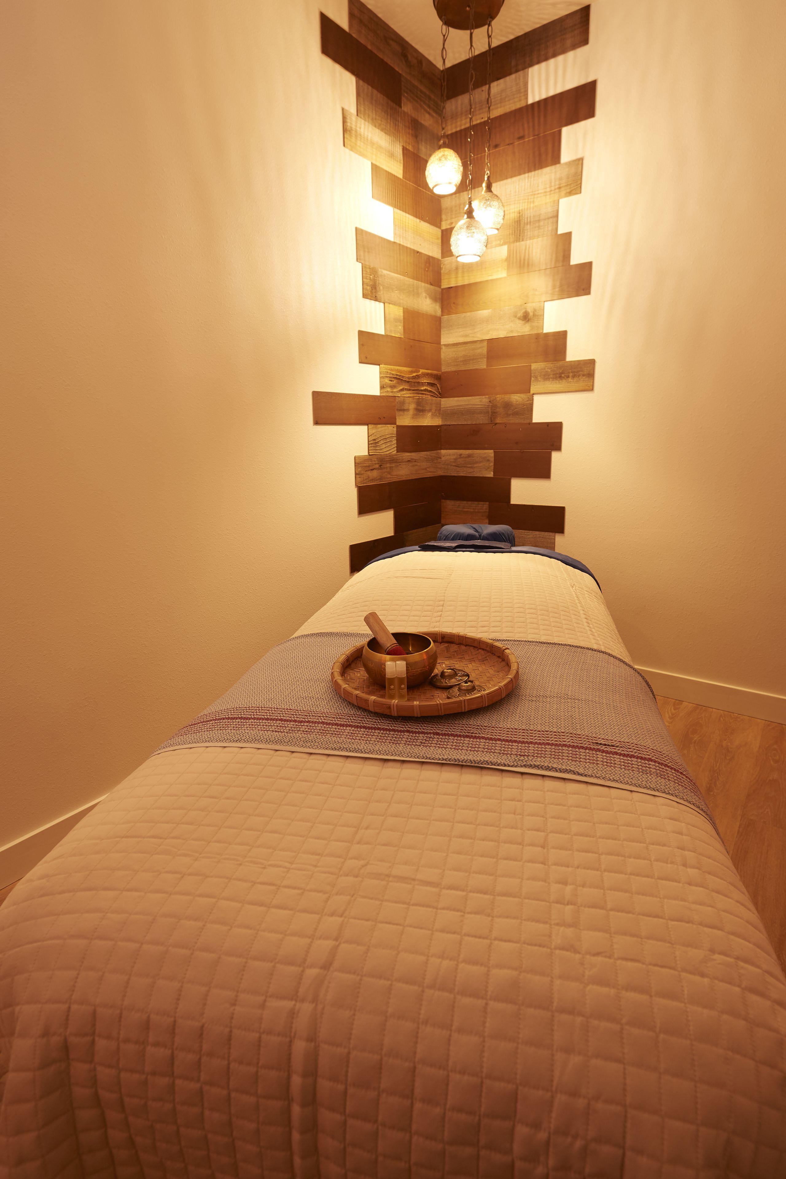 90 Min. Therapeutic Massage