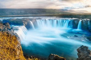 9-day Guided tour around Iceland