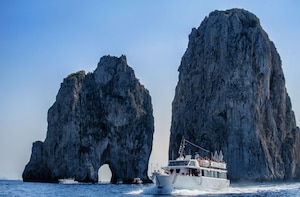 Capri Mini Cruise with Guide from Sorrento