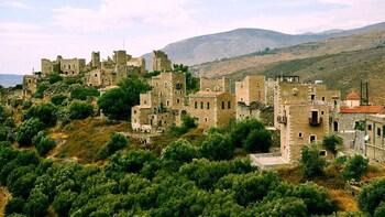 3-Day Private Tour to Monemvasia and The Mani Peninsula