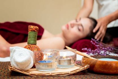 Private Delhi sightseeing tour with Ayurveda Massage