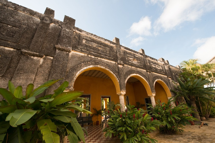 Show item 4 of 10. Large estate in Mexico