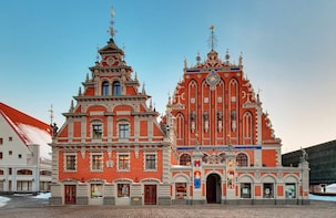 Private Tour of Riga: Old Town and Art Nouveau Museum