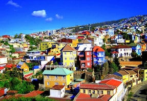 Full-Day Tour of Valparaiso Port and Viña del Mar