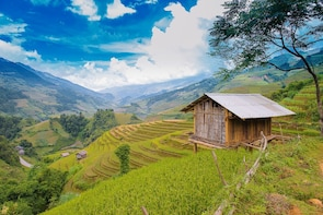 Sapa full day trip with Spa (Y Linh Ho - Lao Chai - Ta Van)