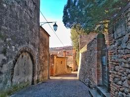 Arquà Petrarca, the mediaeval village