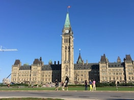 Ottawa private day tour from Montreal
