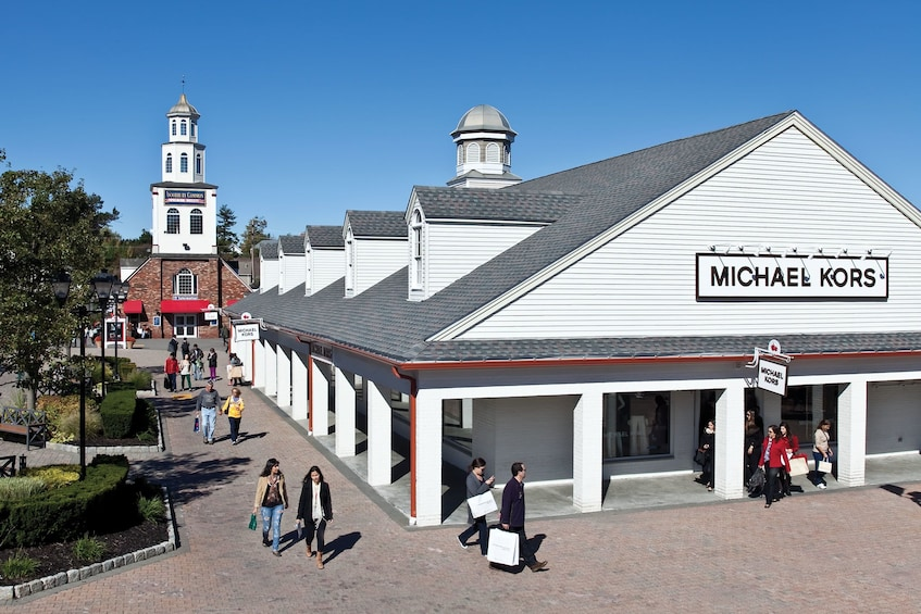 Show item 1 of 2. Woodbury Common Premium Outlets