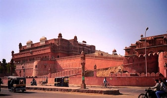 Full Day Bikaner Sightseeing with Guide & Transports