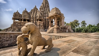 Guided Walking Excursion of Khajuraho with Transports