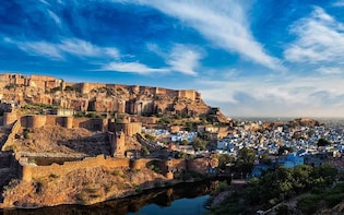 4 Hrs Fort and Jain Temple Trip From Jodhpur & Udaipur Drop