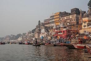 Varanasi Heritage Walk: Temples, Ghats & Lanes