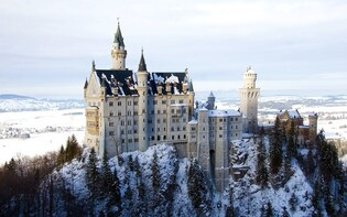 Winter tour to the royal castles Neuschwanstein & Linderhof