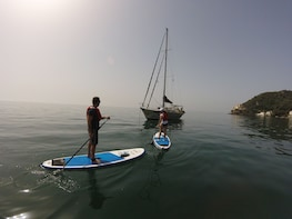 PADDLE WITH LOCALS