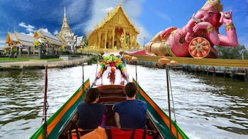 Chachoengsao Provincial with Market & River Cruise