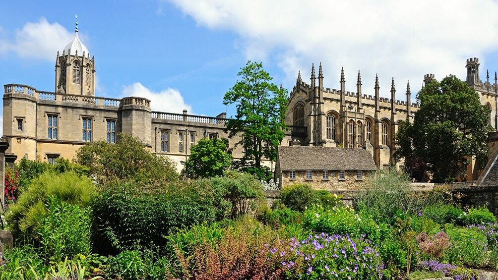 Essential Oxford Walking Tour in Spanish Language